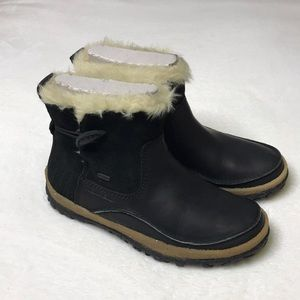 Merrell women's Tremblant waterproof snow boots
